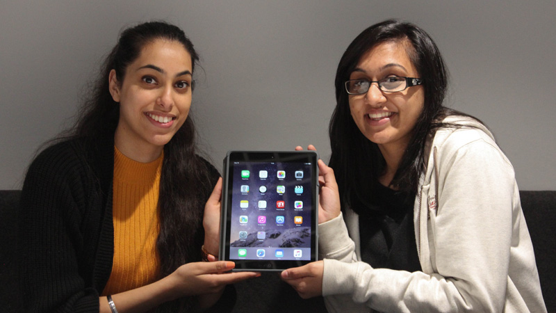 University of Westminster promotes mobile learning and teaching giving Apple iPad for students