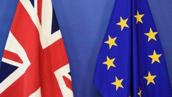 UK and EU flag next to eachother