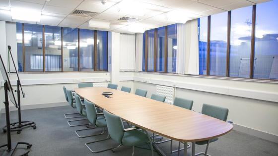 Cavendish small meeting room