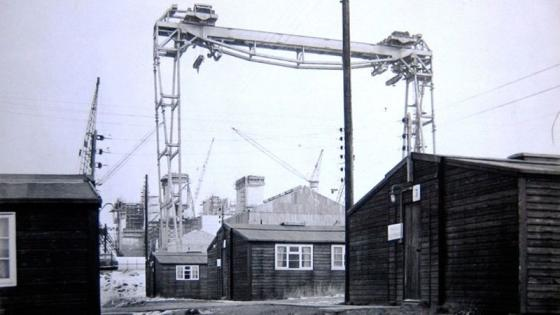 Goliath crane towering over site huts
