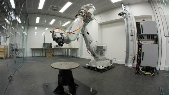Robotic arm in Westminster's Fabrication Laboratory