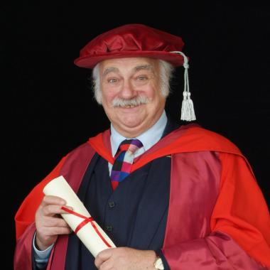 Roy Hudd OBE's profile photo