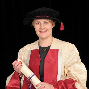 Barbara Hewson's profile photo
